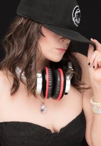 DJ PINK DIAMOND